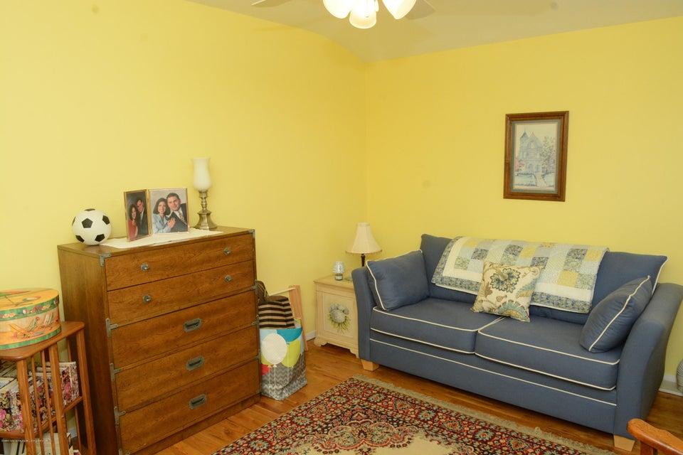 Single Family - Semi-Attached 138 Ridgewood Avenue  Staten Island, NY 10312, MLS-1109172-22