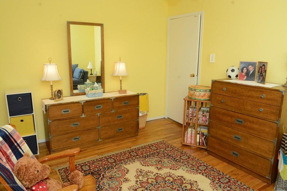 Single Family - Semi-Attached 138 Ridgewood Avenue  Staten Island, NY 10312, MLS-1109172-23