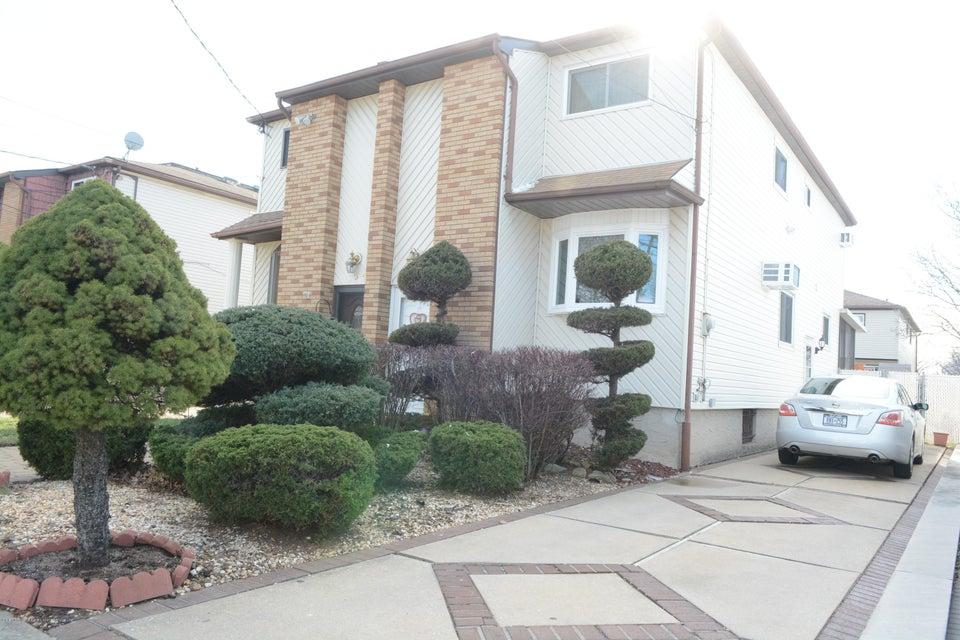 Single Family - Semi-Attached 138 Ridgewood Avenue  Staten Island, NY 10312, MLS-1109172-3
