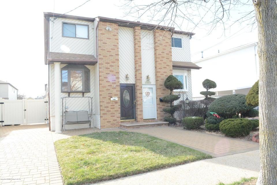Single Family - Semi-Attached 138 Ridgewood Avenue  Staten Island, NY 10312, MLS-1109172-7