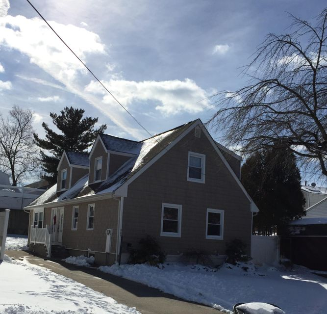 Two Family - Detached in Woodrow - 220 Wieland Avenue  Staten Island, NY 10309