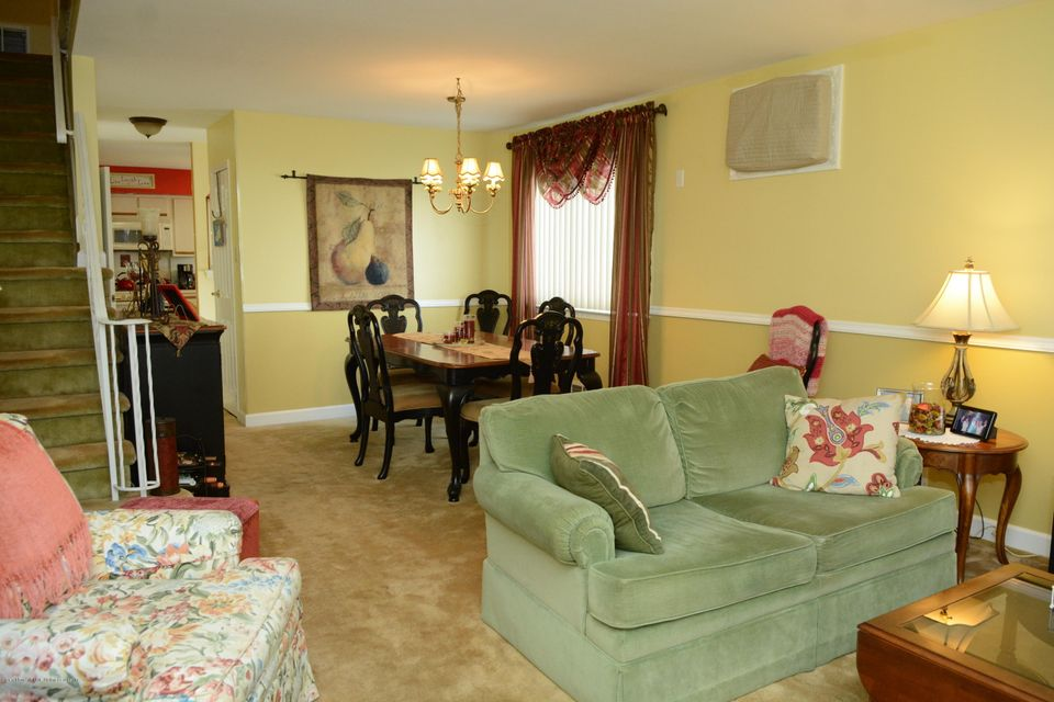 Single Family - Semi-Attached 138 Ridgewood Avenue  Staten Island, NY 10312, MLS-1109172-10