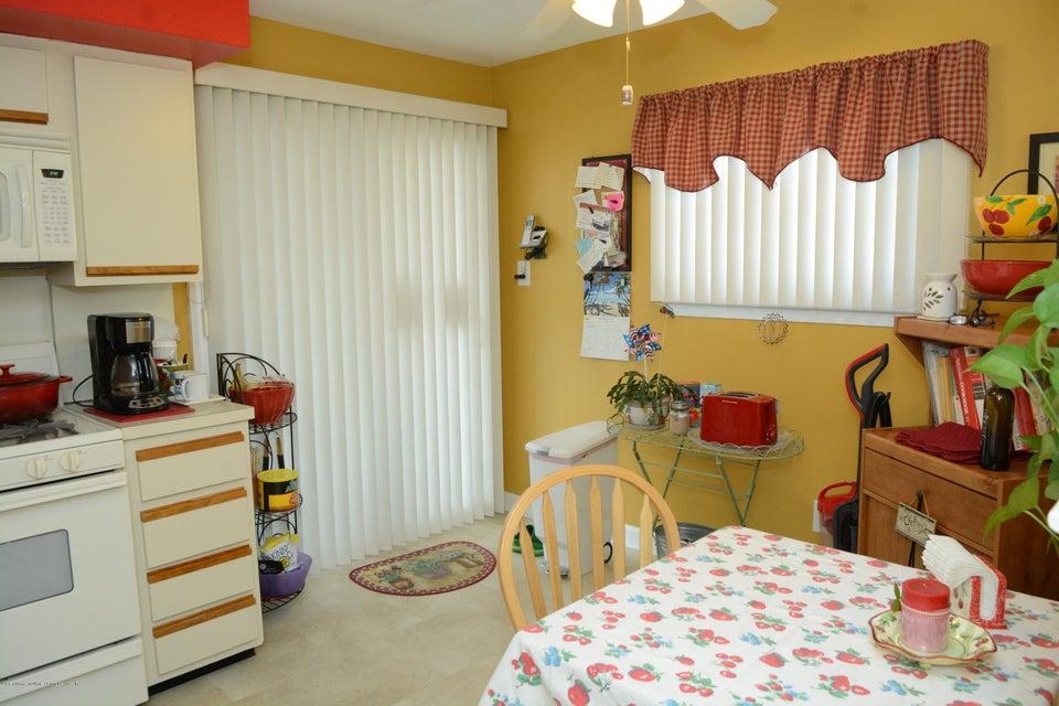 Single Family - Semi-Attached 138 Ridgewood Avenue  Staten Island, NY 10312, MLS-1109172-15