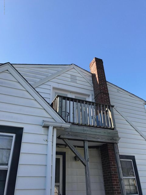 Single Family Home for Rent at 162 Oakdale Street Staten Island, New York 10308 United States