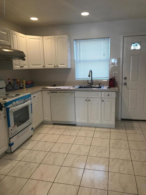 Single Family - Attached 275 Mc Clean Avenue  Staten Island, NY 10305, MLS-1109274-5