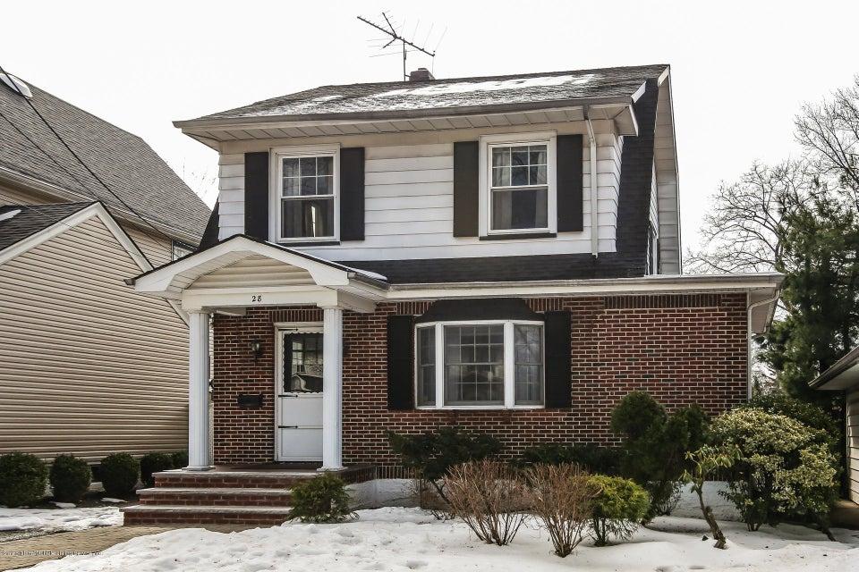 28 Elmira Avenue, Staten Island, NY 10314