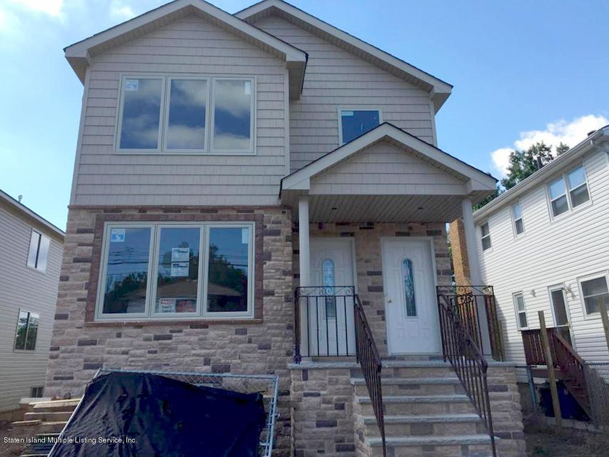 Single Family Home for Rent at 178 Foster Road Staten Island, New York 10309 United States