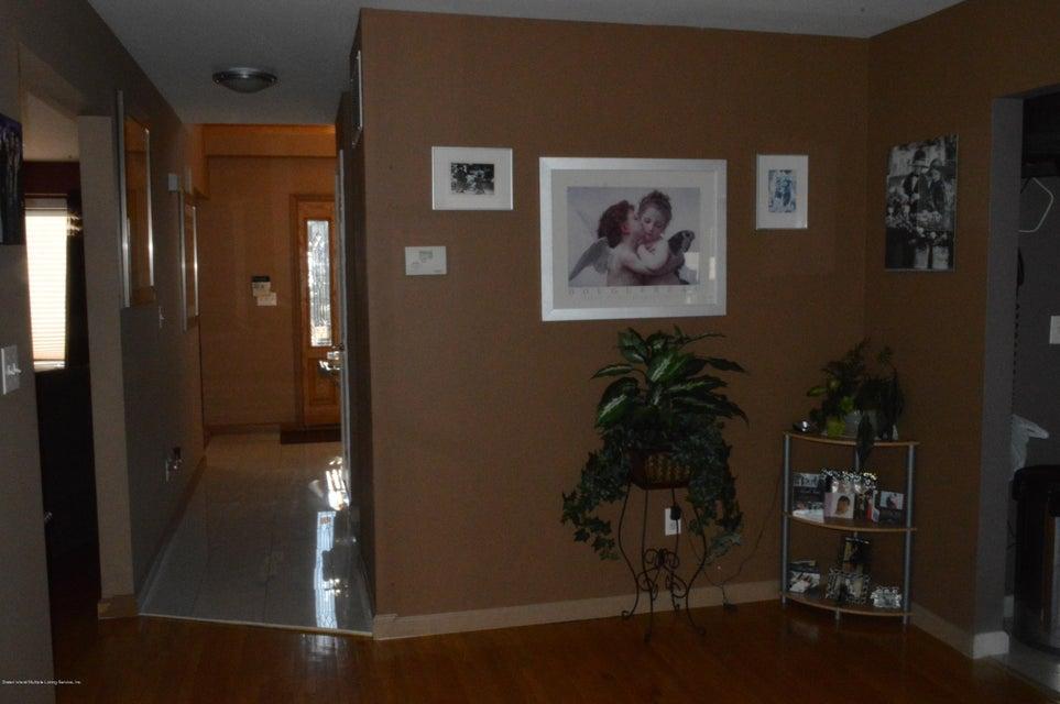 Single Family - Detached 87 Glendale Avenue  Staten Island, NY 10304, MLS-1109318-9