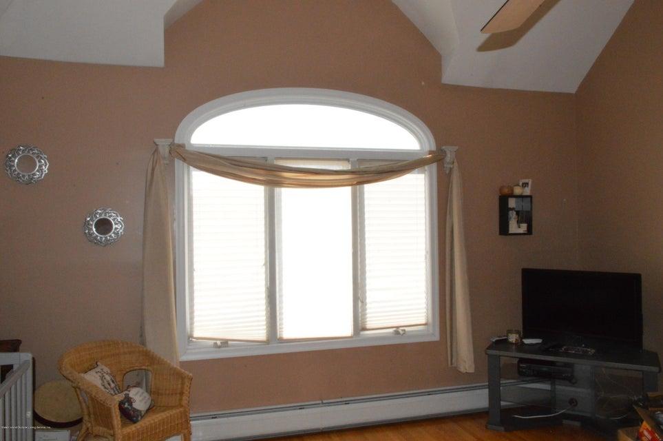 Single Family - Detached 87 Glendale Avenue  Staten Island, NY 10304, MLS-1109318-17