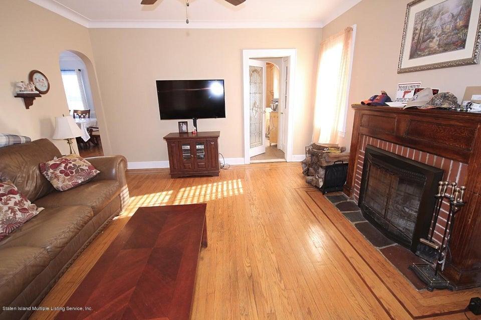 Single Family - Detached 165 Bancroft Avenue  Staten Island, NY 10306, MLS-1109331-5