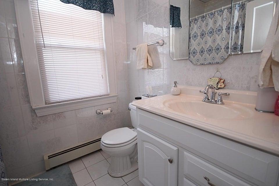 Single Family - Detached 165 Bancroft Avenue  Staten Island, NY 10306, MLS-1109331-12