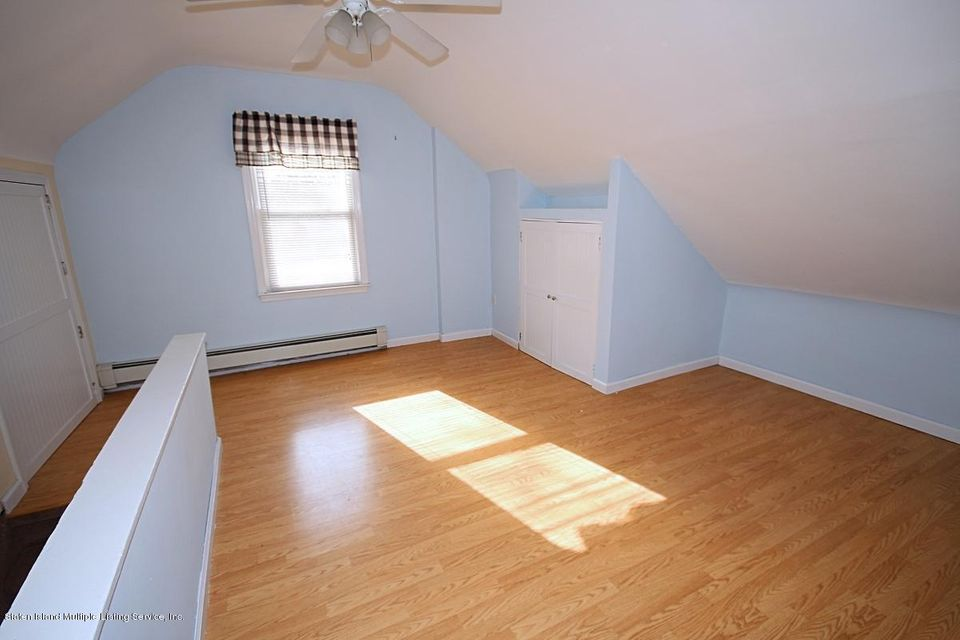Single Family - Detached 165 Bancroft Avenue  Staten Island, NY 10306, MLS-1109331-16