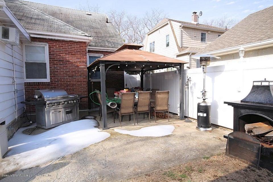 Single Family - Detached 165 Bancroft Avenue  Staten Island, NY 10306, MLS-1109331-25