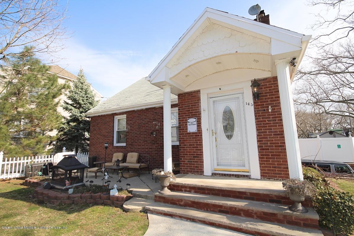 Single Family - Detached 165 Bancroft Avenue  Staten Island, NY 10306, MLS-1109331-3