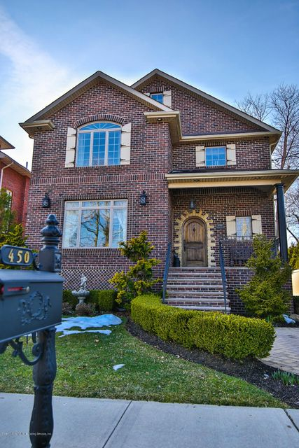 Additional photo for property listing at 450 Holten Avenue  Staten Island, New York 10309 United States