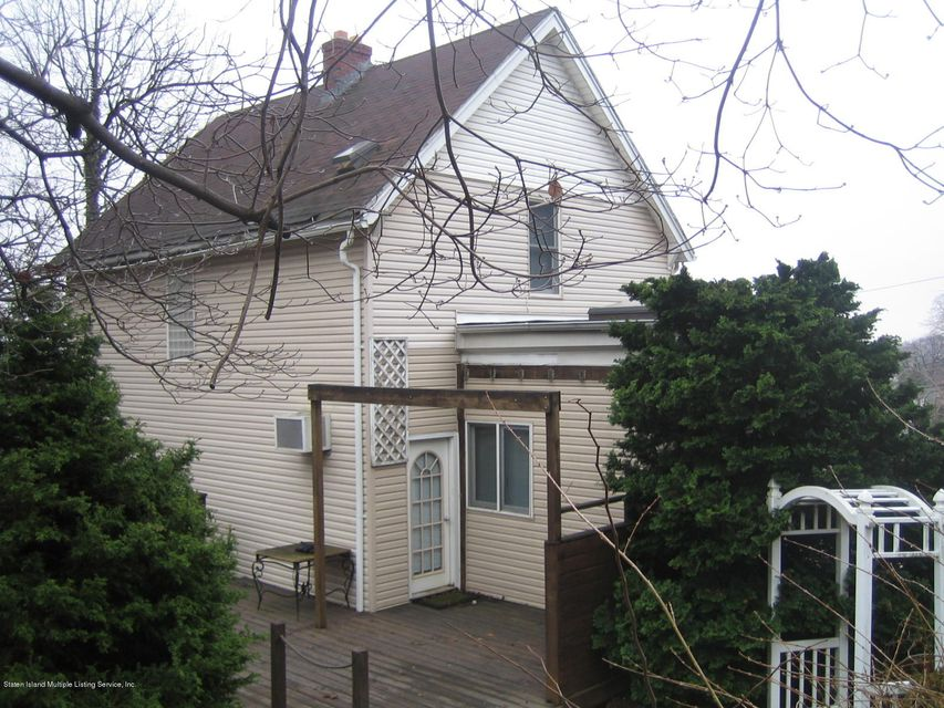 Additional photo for property listing at 50 Ridgefield Avenue  Staten Island, New York 10304 United States
