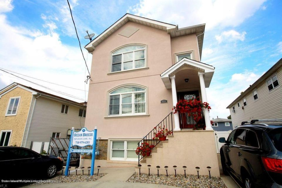 Commercial for Rent at 411 Richmond Hill Road Staten Island, New York 10312 United States