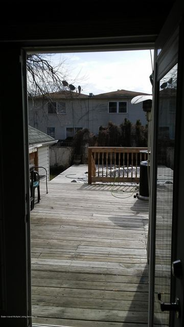 Additional photo for property listing at 22 Continental Place  Staten Island, New York 10303 United States