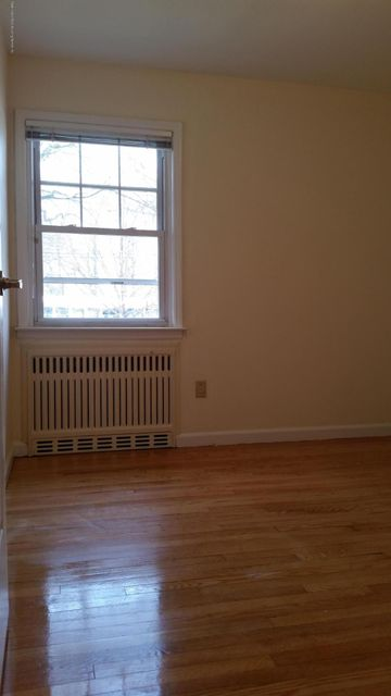 Additional photo for property listing at 85 Bard Avenue  Staten Island, New York 10310 United States
