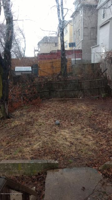 Two Family - Detached 311 Glen Avenue  Staten Island, NY 10301, MLS-1109530-19