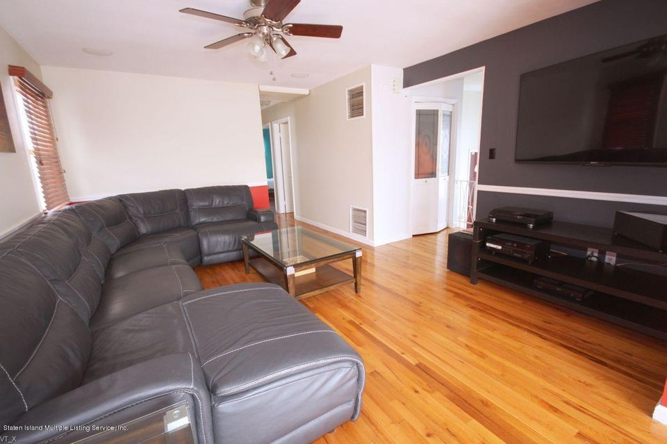 Single Family - Detached 204 Wieland Avenue  Staten Island, NY 10309, MLS-1109554-4