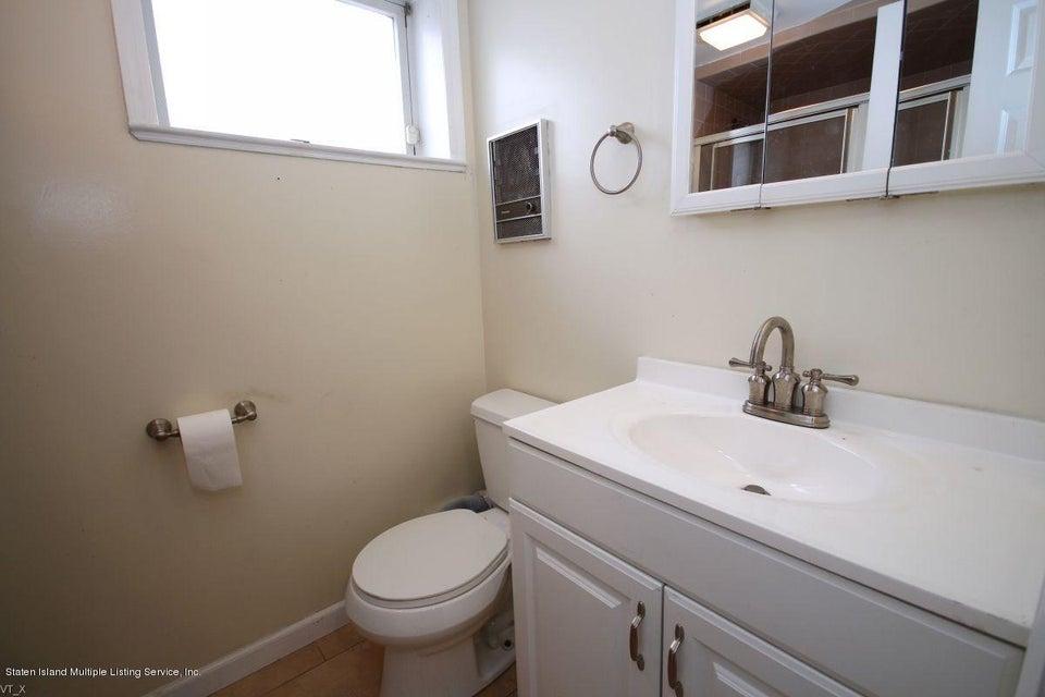Single Family - Detached 204 Wieland Avenue  Staten Island, NY 10309, MLS-1109554-20