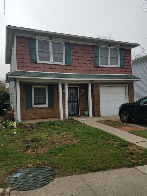 Single Family - Detached in Heartland Village - 205 Steinway Avenue  Staten Island, NY 10314