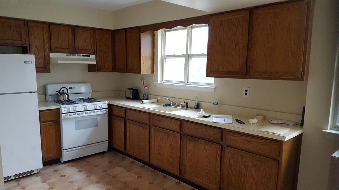 Additional photo for property listing at 568a Buchanan Avenue  Staten Island, New York 10314 United States
