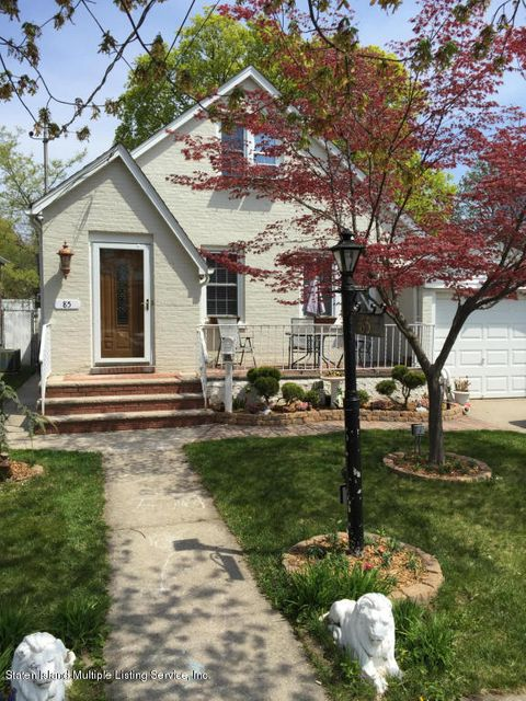 Single Family Home for Sale at 85 Lindbergh Avenue Staten Island, New York 10306 United States