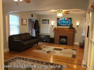 Additional photo for property listing at 85 Lindbergh Avenue  Staten Island, New York 10306 United States