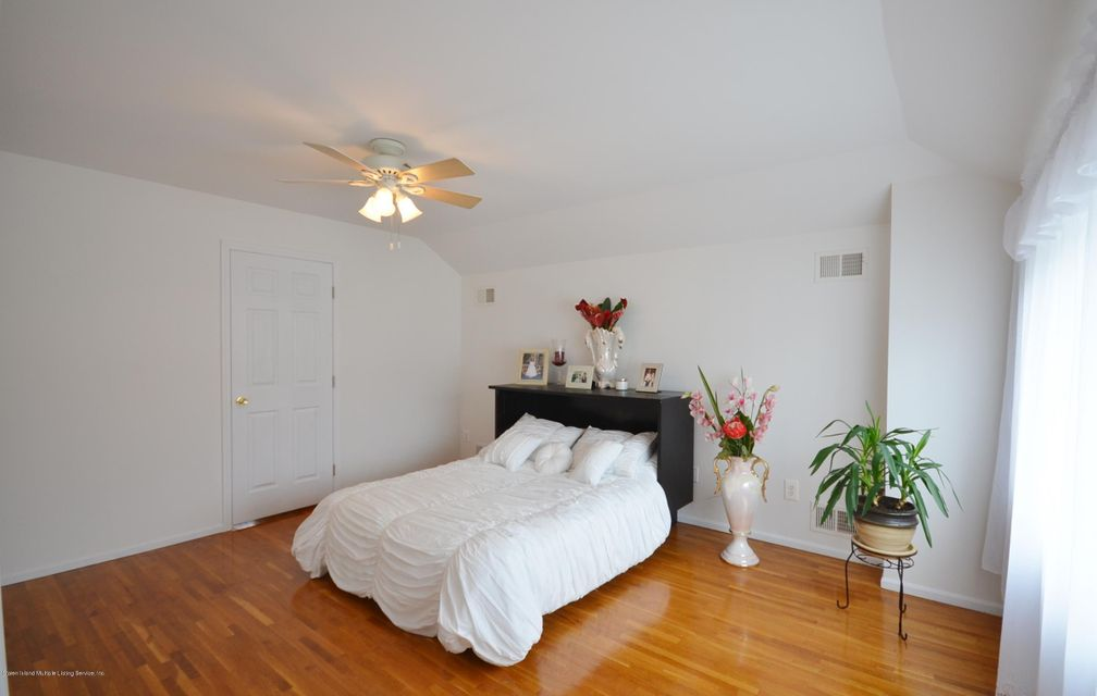 Single Family - Detached 505 Mountainview Avenue  Staten Island, NY 10314, MLS-1109667-15