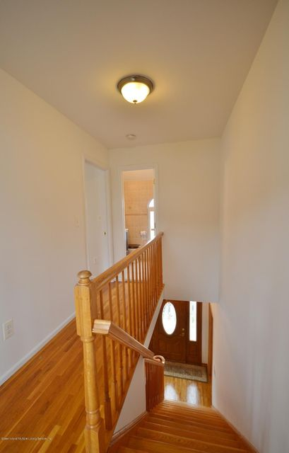 Single Family - Detached 505 Mountainview Avenue  Staten Island, NY 10314, MLS-1109667-14