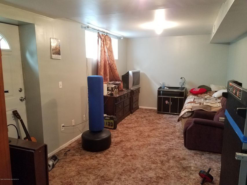 Single Family - Semi-Attached 197 Giffords Lane  Staten Island, NY 10308, MLS-1109655-13