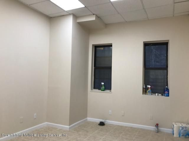 Additional photo for property listing at 82 Victory Blvd  Staten Island, New York 10301 United States
