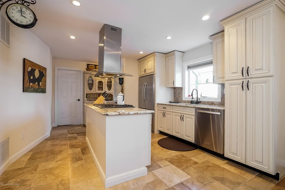 Two Family - Detached 20 Florence Place  Staten Island, NY 10309, MLS-1109759-10