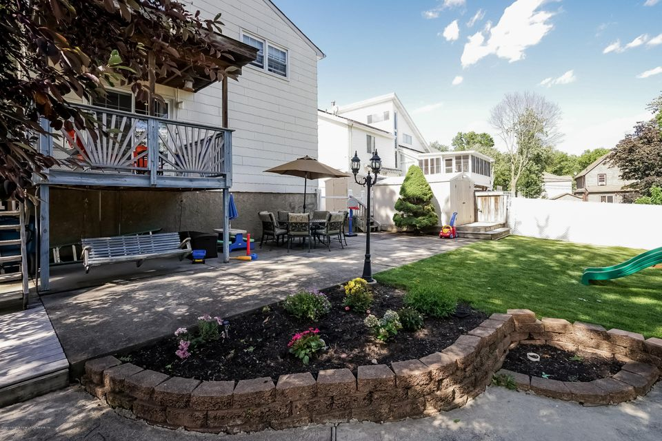 Two Family - Detached 20 Florence Place  Staten Island, NY 10309, MLS-1109759-39