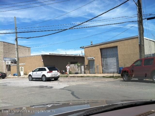 Additional photo for property listing at 515 Wild Avenue  Staten Island, New York 10314 United States