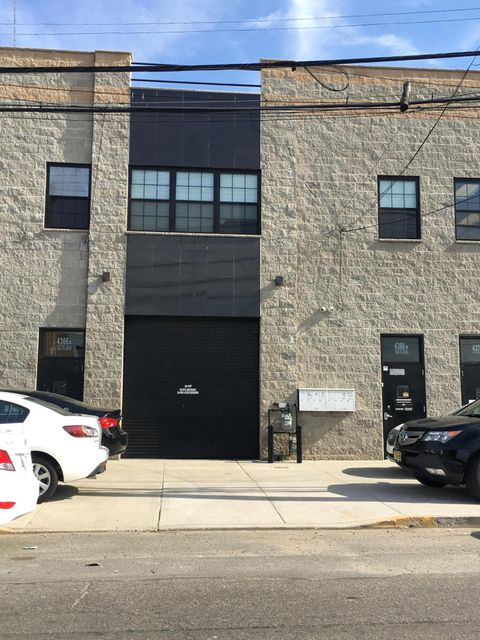 Commercial for Rent at 4368 Victory Boulevard Staten Island, New York 10314 United States