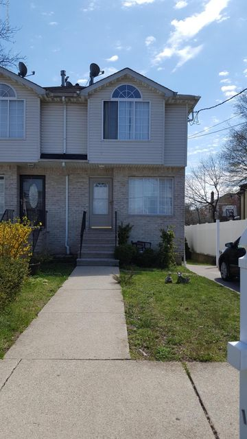 Single Family Home for Rent at 14 Belair Road Staten Island, New York 10305 United States
