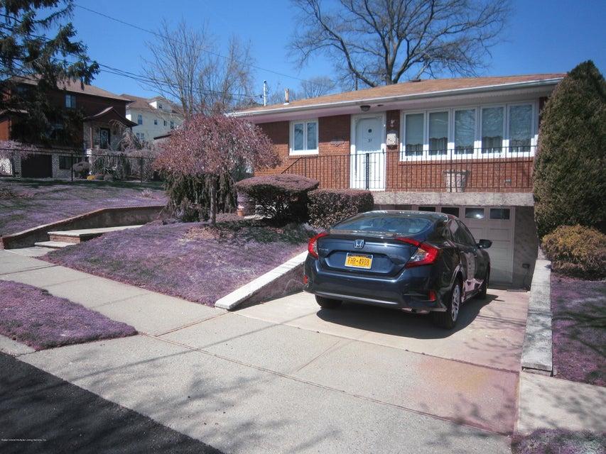 31 Alderwood Place, Staten Island, NY 10304
