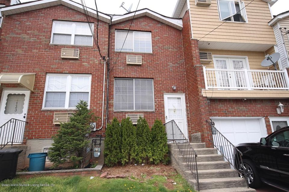 Single Family - Attached in Rosebank - 131 St Johns Avenue  Staten Island, NY 10305