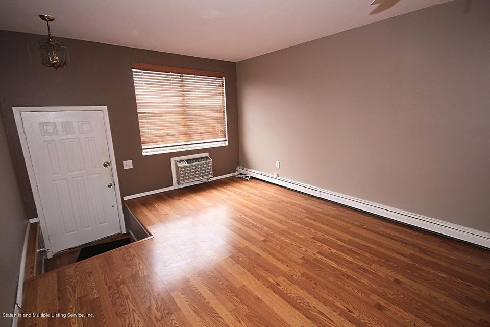 Single Family - Attached 131 St Johns Avenue  Staten Island, NY 10305, MLS-1109937-5