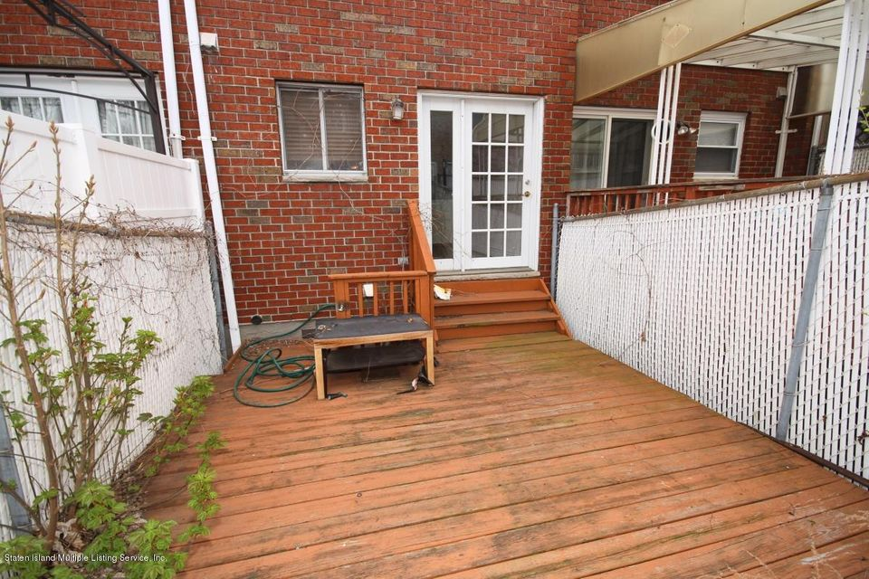 Single Family - Attached 131 St Johns Avenue  Staten Island, NY 10305, MLS-1109937-17