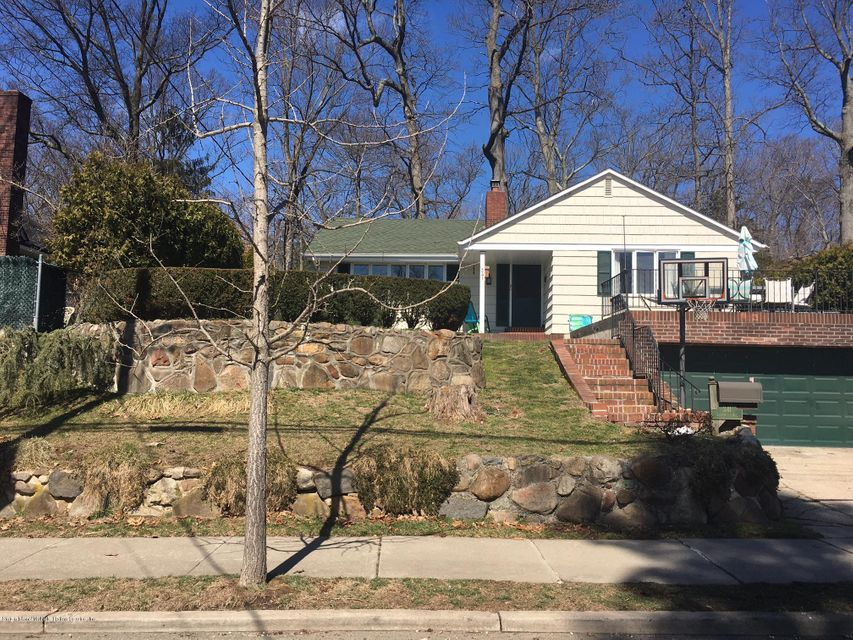 341 Lighthouse Avenue, Staten Island, NY 10306