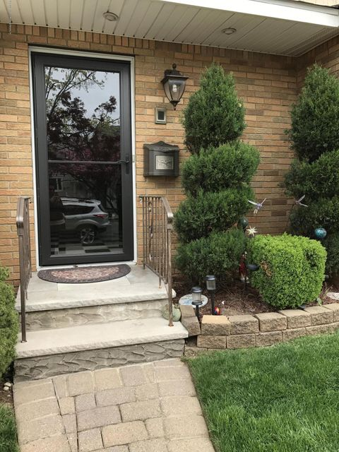 Two Family - Semi-Attached 73 Renee Place  Staten Island, NY 10314, MLS-1109955-4