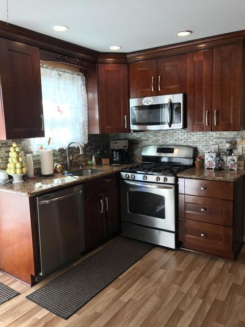Two Family - Semi-Attached 73 Renee Place  Staten Island, NY 10314, MLS-1109955-6