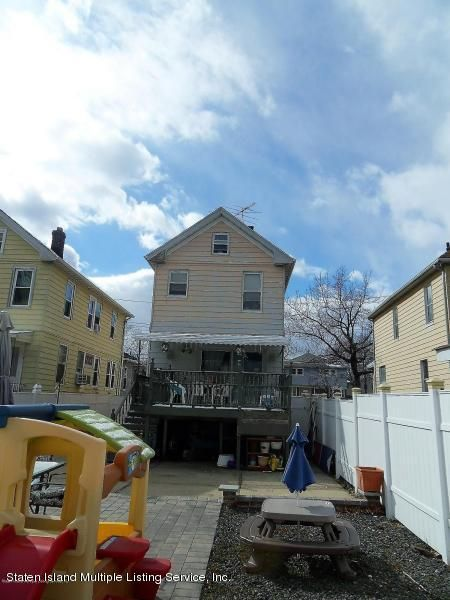 Single Family - Detached 109 Maple Parkway  Staten Island, NY 10303, MLS-1109960-18