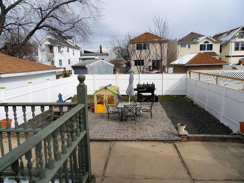 Single Family - Detached 109 Maple Parkway  Staten Island, NY 10303, MLS-1109960-19