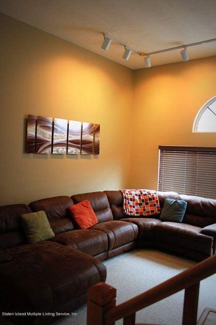 Single Family - Semi-Attached 434 Winant Avenue  Staten Island, NY 10309, MLS-1109986-2