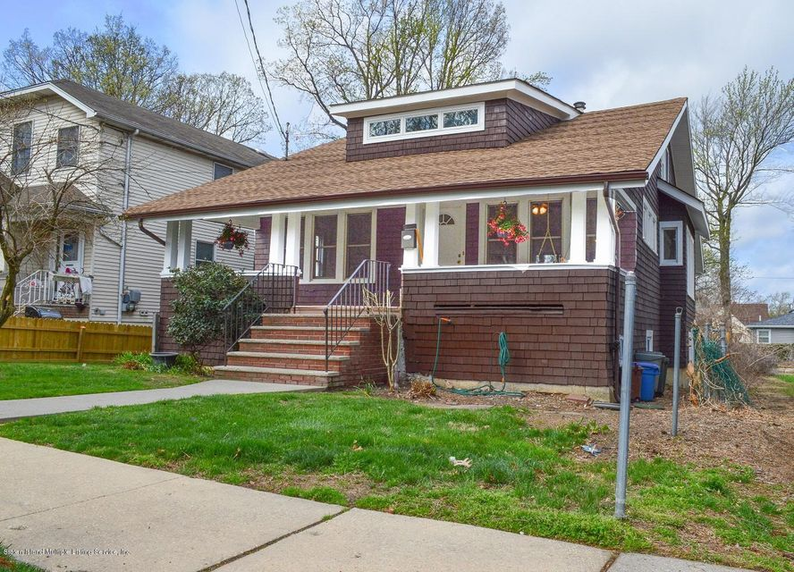 Single Family - Detached in Westerleigh - 110 Perry Avenue  Staten Island, NY 10314